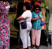 blind women shopping